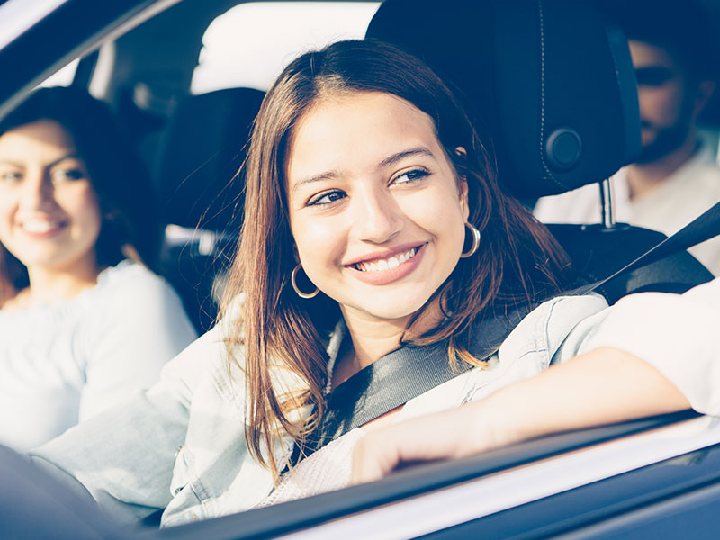girl-driving-with-friends